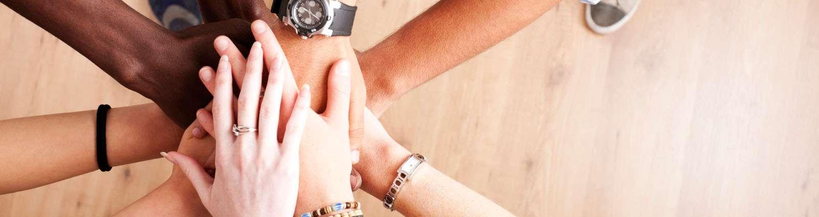 Cooperativismo de Plataforma - Artigo Coordenador de Gestão de Cooperativas - Nemízio